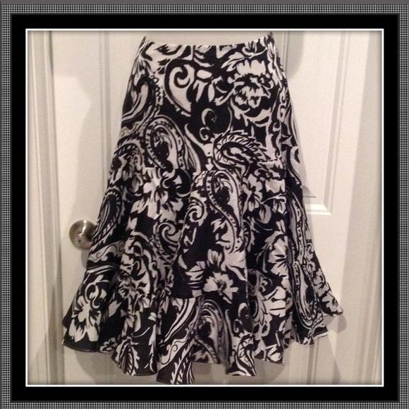 Lauren Ralph Lauren Dresses & Skirts - Lauren Ralph Lauren 100% silk skirt